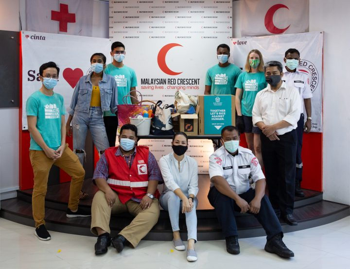 Malaysian Red Crescent Society helps to launch TLFP Rice Bucket Challenge 2020